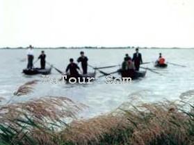 莫力庙沙湖旅游区